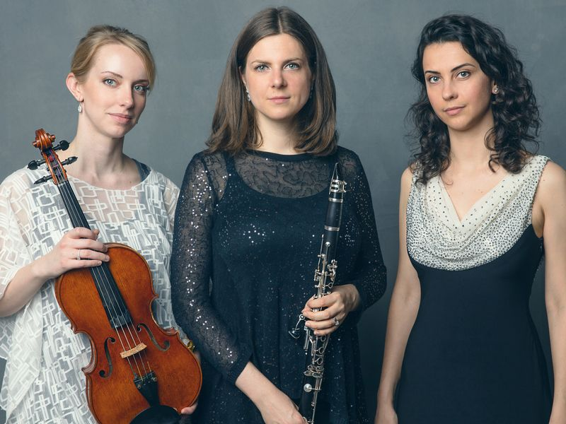 Iris Trio publica 'Homage and Inspiration', CD con obras de Schumann, Kurtág, Mozart y Weiss